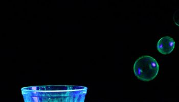 how-to-make-glowing-bubbles