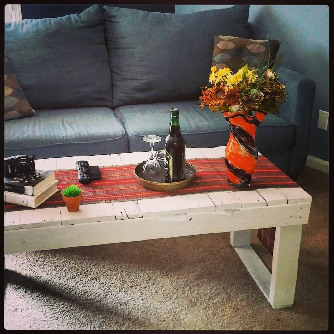 Multi-functional pallet tables | Artistic & Amazing 2019 Pallet projects