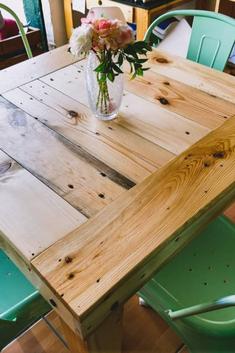 Outdoor wooden pallet ideas | Creative DIY Pallet Furniture Ideas 2019