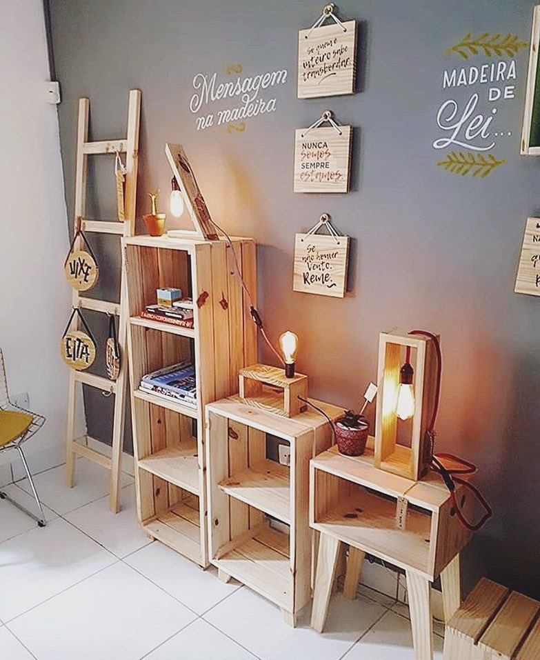 Beautiful Pallet Shelves