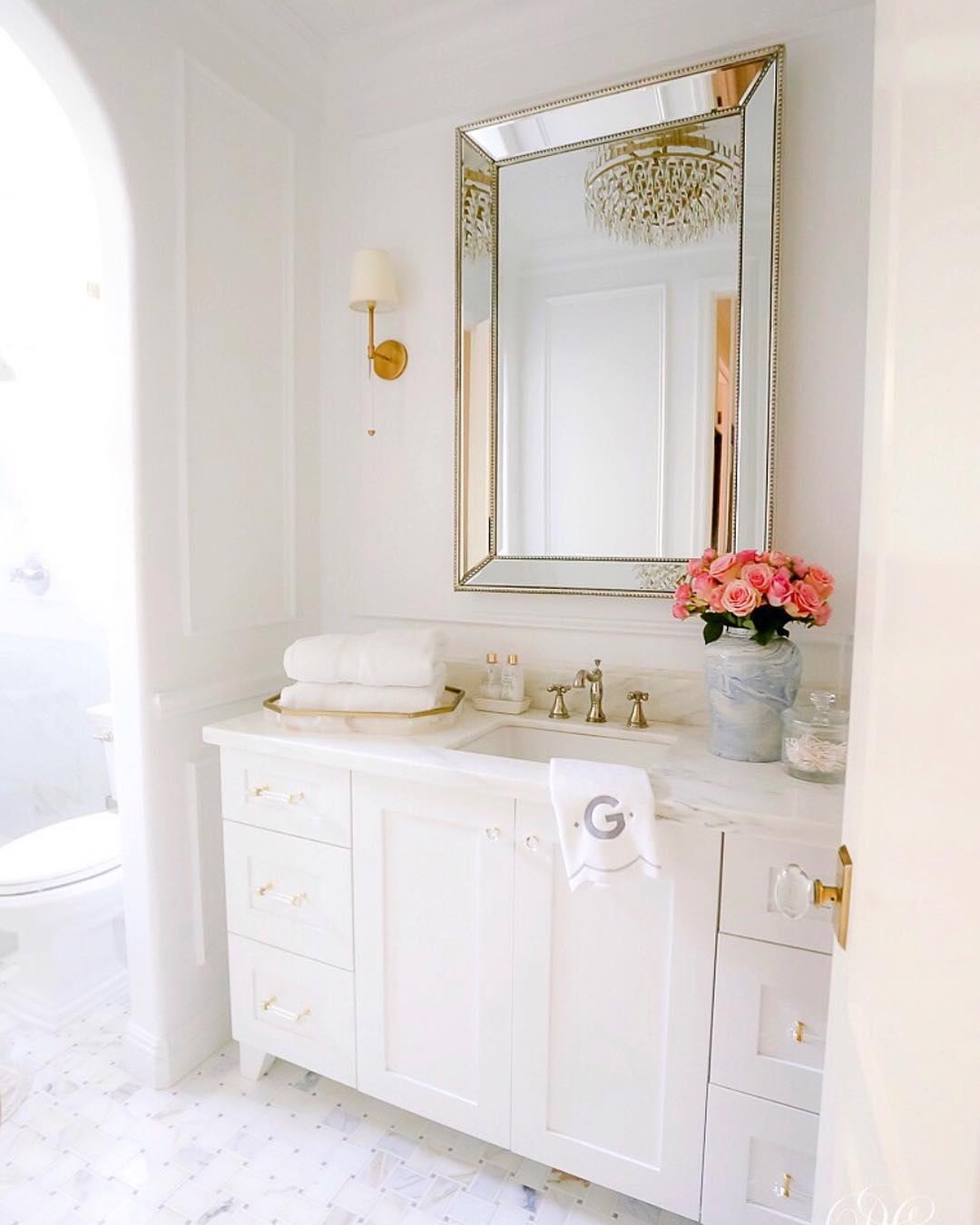 bright Bathroom Remodel Ideas