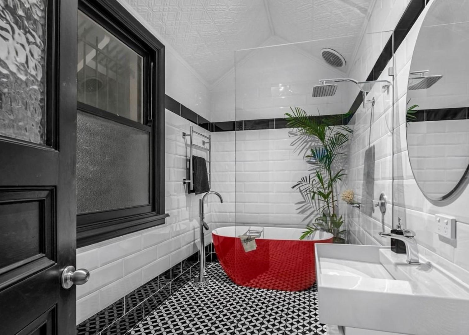 Bold design Bathroom Remodel Ideas