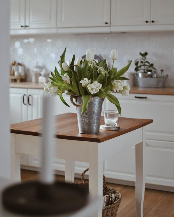 drowning in flowers | Kitchen Decor Ideas