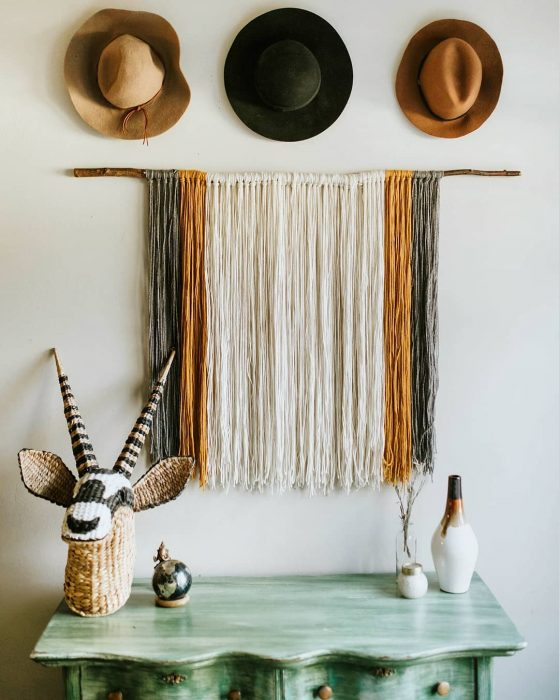 Yarn Wall Hanging | Wall Decor Ideas