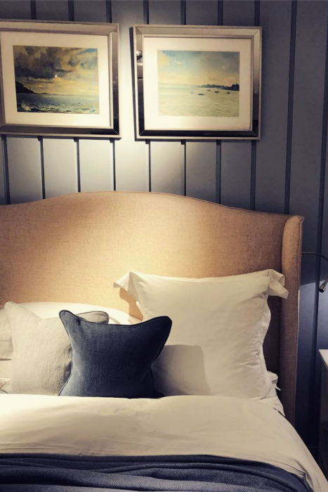 Spruce up the bedroom Mind Blowing Dreamy DIY Headboard Ideas