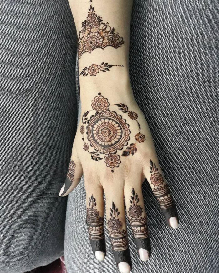 Floral Mehndi Designs of 2020